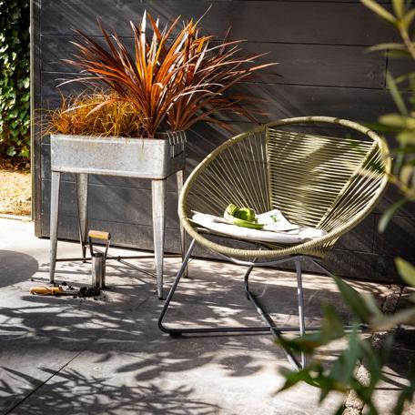 interieur styling tuin stoel groen